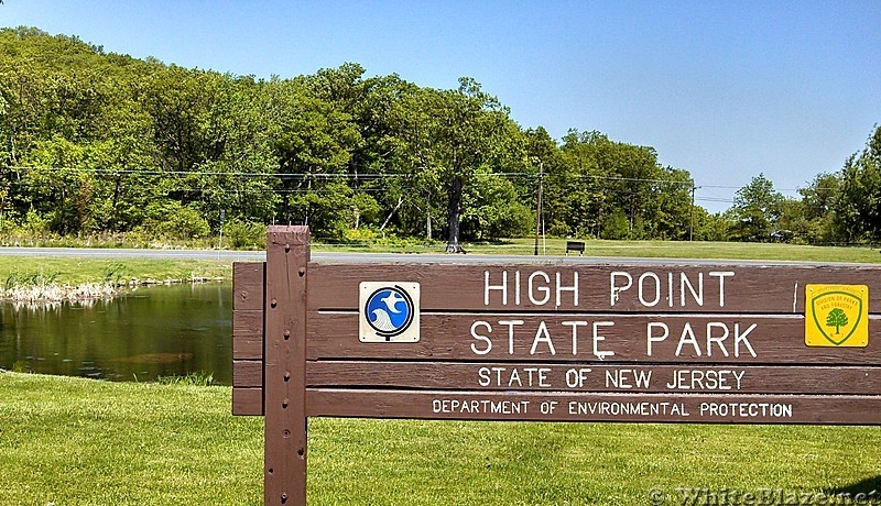 High Point SP Sign -- AT is to your right