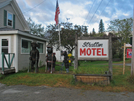 2009-0924a Stratton Motel by Highway Man in Hostels