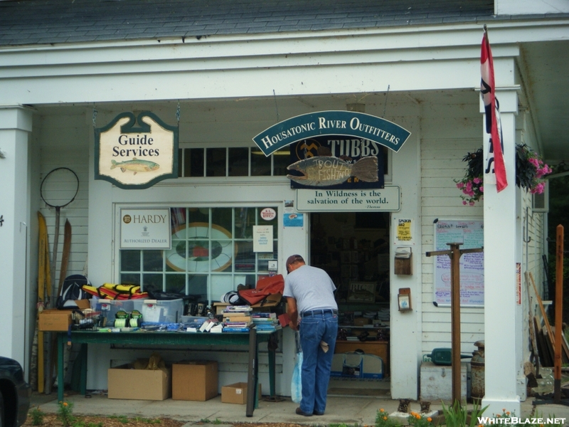Houstanic River Outfitter, Cornwall Bridge, Ct