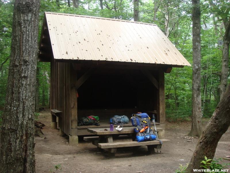 0030 2009.07.12 Hawk Mountain Shelter