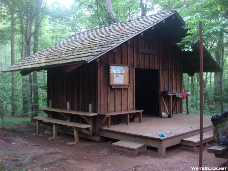 0128 2010.06.12 Deep Gap Shelter