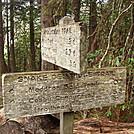 0427 2012.04.03 Snake Den Ridge Trail Sign
