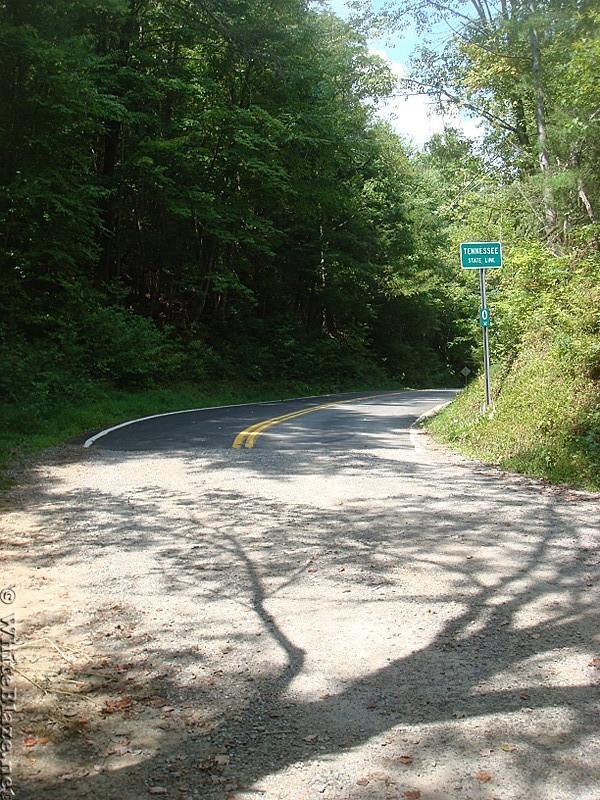 0447 2012.08.26 TN 32 Paved Road At Davenport Gap