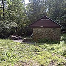 Bearfence Hut Sideview by no-name in Virginia & West Virginia Shelters