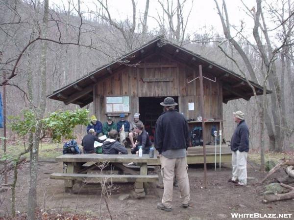 Deep Gap shelter 04