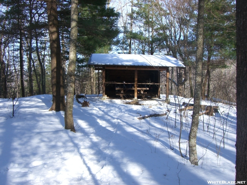 Woods hole shelter South Side Of Blood Mtn