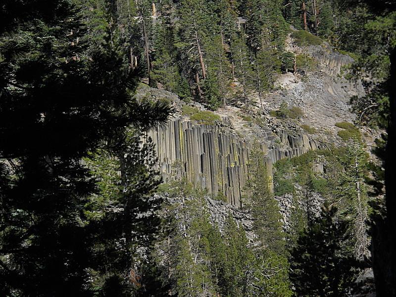 Devil's Postpile from John Muir Trail