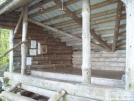 Riga Lean-to: Inside