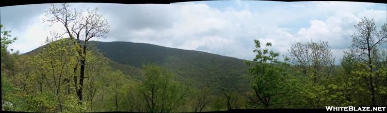 Tray Mountain