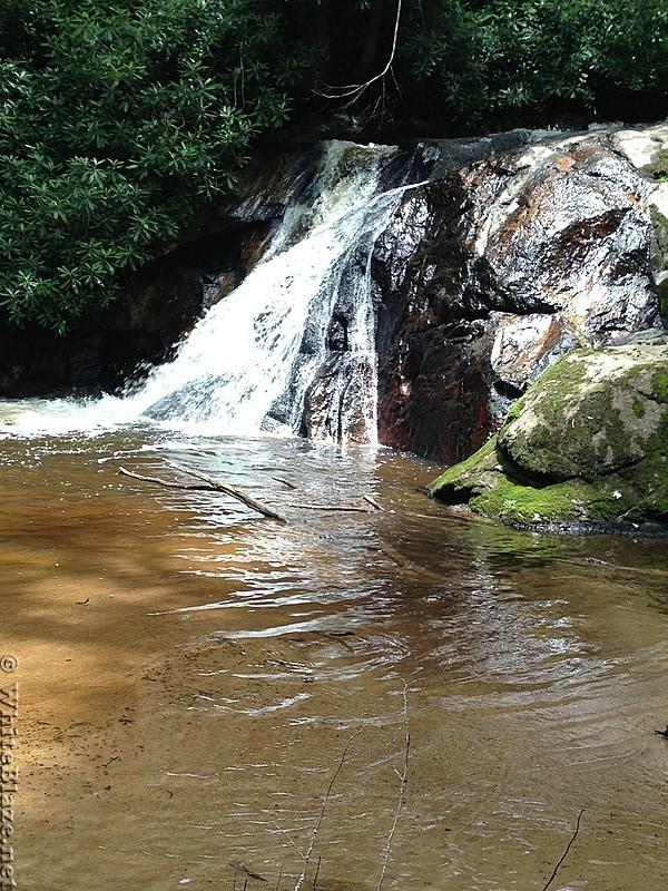 Un-named falls